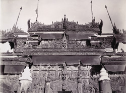 Carving in corner eaves of Queen's Monastery, [Mandalay]